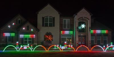 Congratulations to our Deck The House Holiday Lighting Winners!
